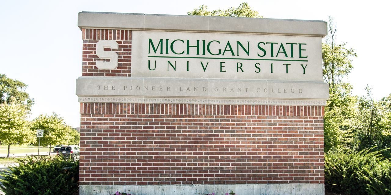 A Twitter Mob Takes Down an Administrator at Michigan State