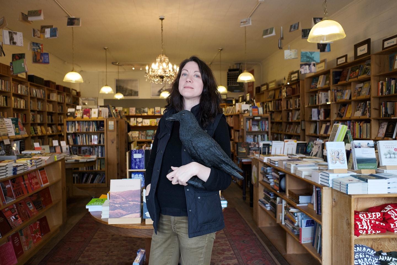 'Vesper Flights,' by Helen Macdonald book review