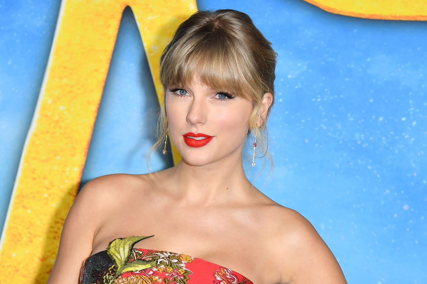 With 'Folklore,' Taylor Swift continues to set records in the midst of a global pandemic