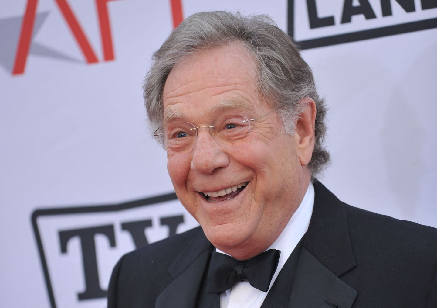 George Segal, actor of roguish charm and wide dramatic range, dies at 87